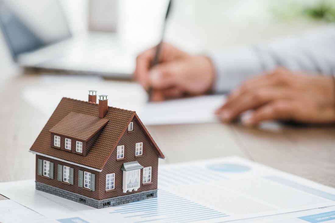 Ilustrasi pentingnya asuransi terhadap nilai properti